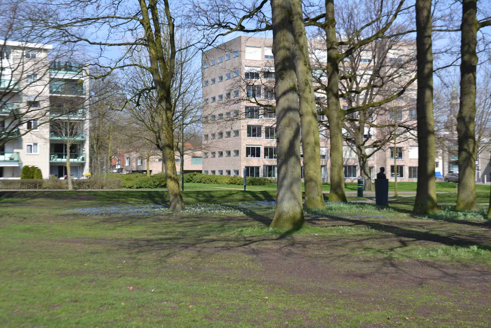 Diekman-landschapsarchitecten_-GGD-terrein-Apeldoorn_Claus-en-Kaan-archietceten_foto10