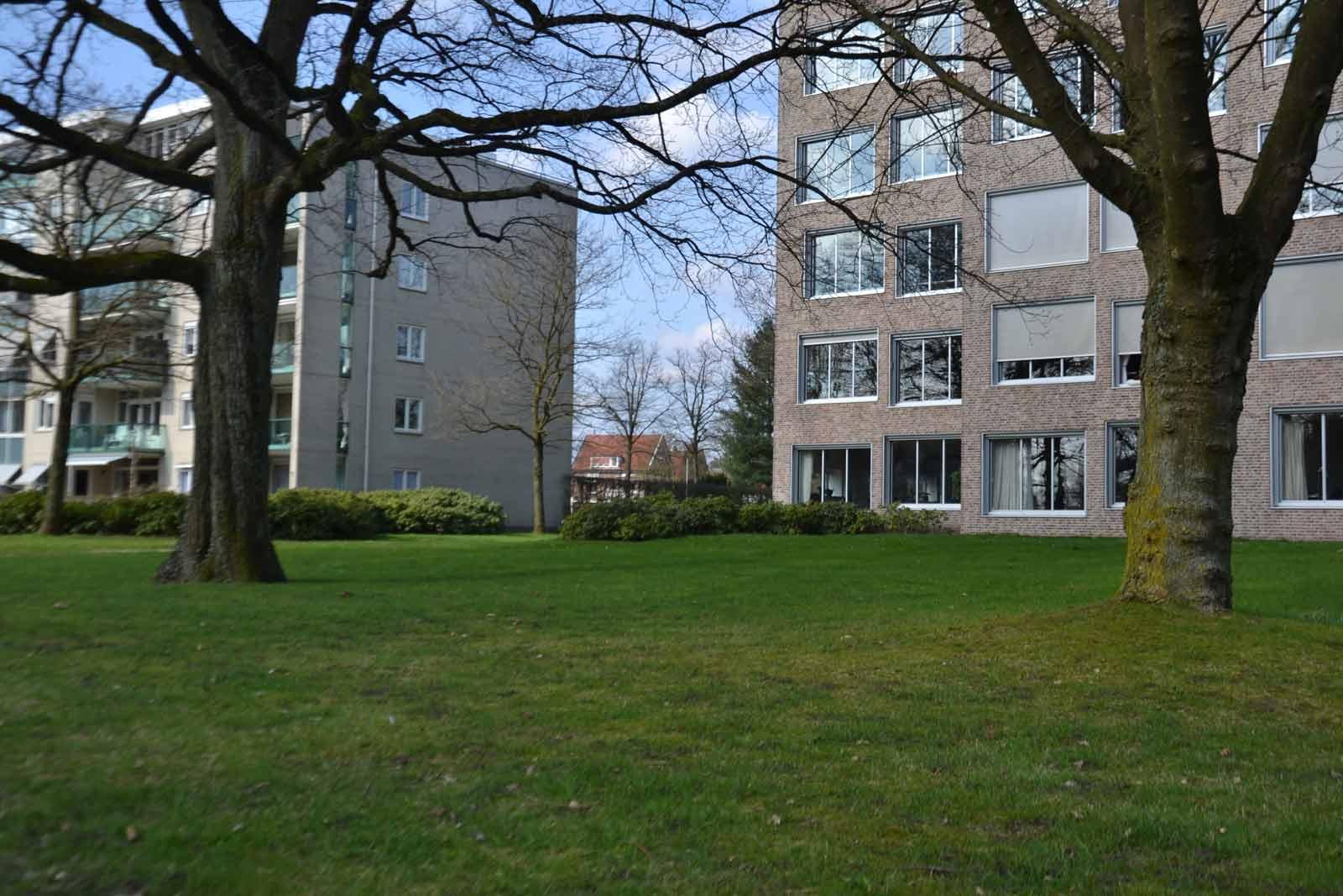 Diekman-landschapsarchitecten_-GGD-terrein-Apeldoorn_Claus-en-Kaan-archietceten_foto7