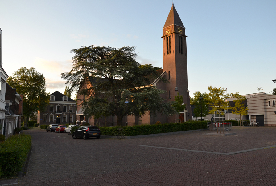 diekman-landschapsarchitecte-_Dorpsplein-Amstelveen_overzichtsfoto